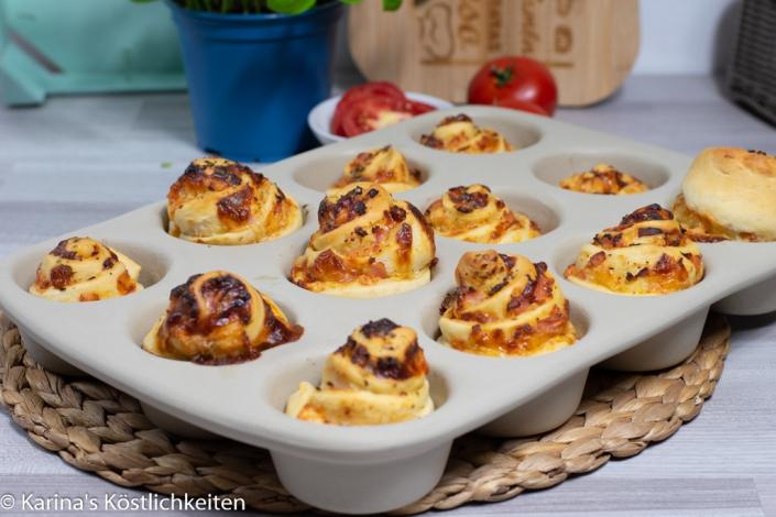 Rezept für Pizzabrötchen/Pizzaschnecken 12er-Snack Pampered Chef