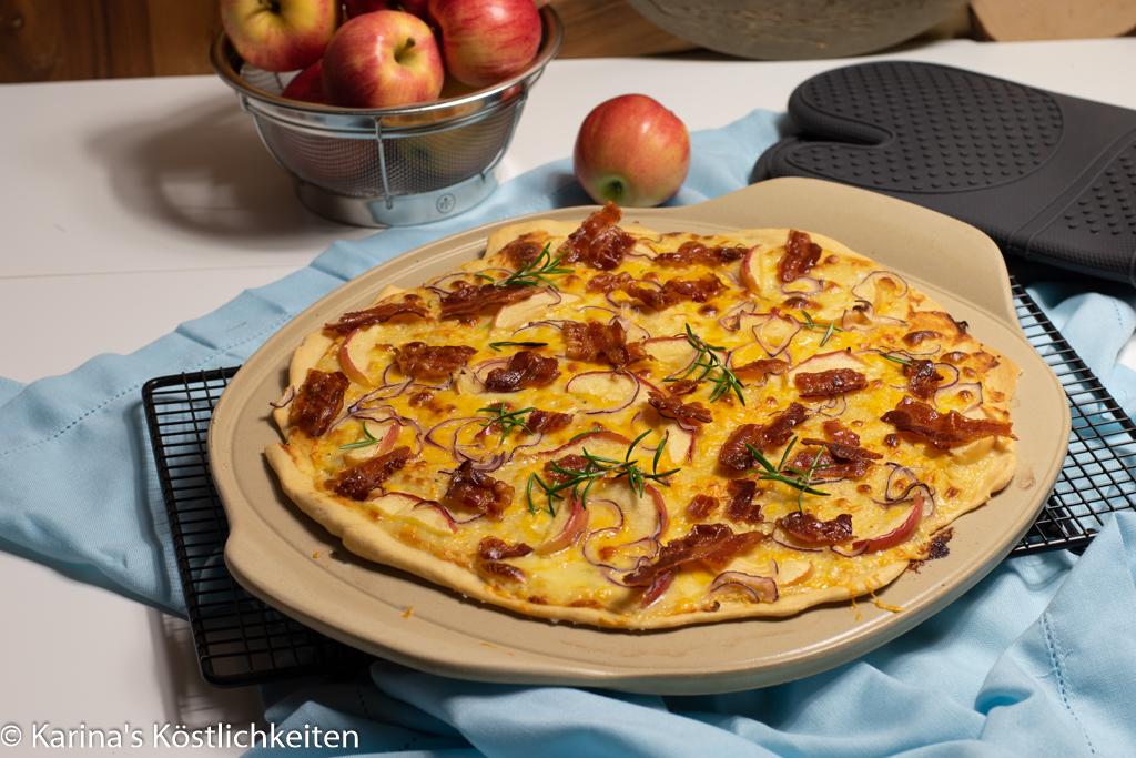 Flammkuchen mit Bacon, Apfel und Käse Pamperef Chef®