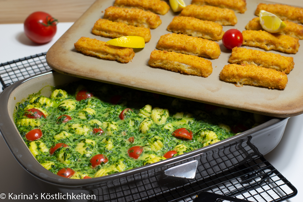 Spinat-Gnocchi-Auflauf mit-Fischstäbchen