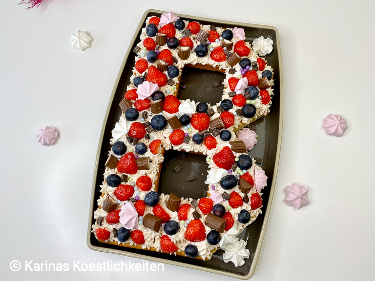 Rezept Erdbeer-Prosecco-Lettercake Kuchenform für Nummern und Buchstabe Pampered Chef®